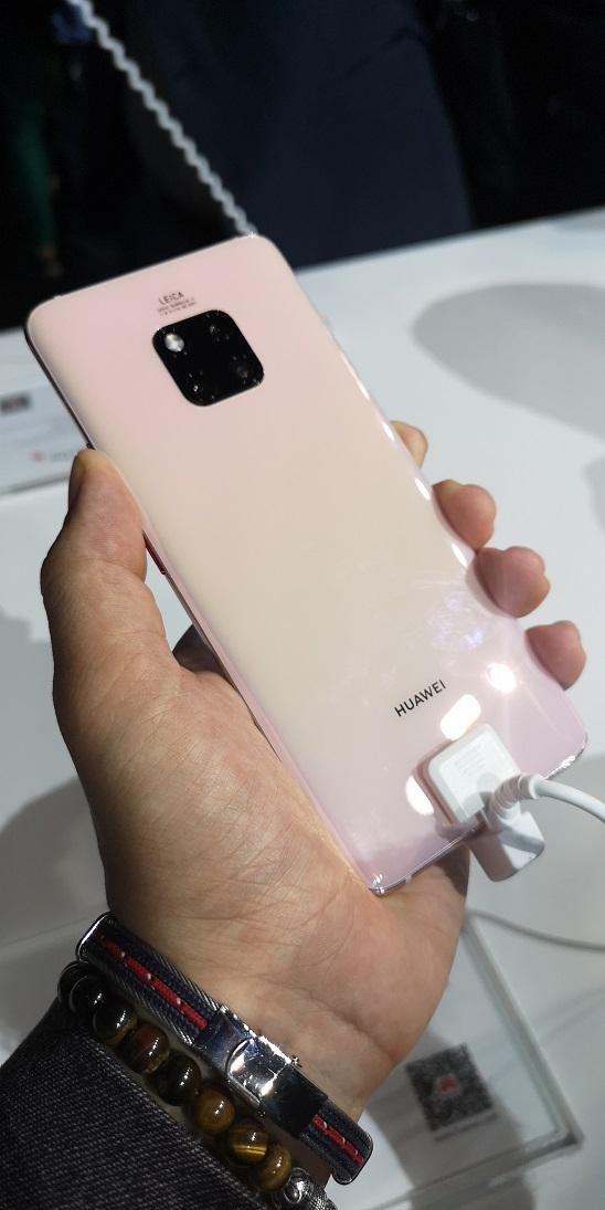Huawei Mate 20 Pro 1 - [ Prise en main ] Huawei Mate 20 et Mate 20 Pro : ça promet !