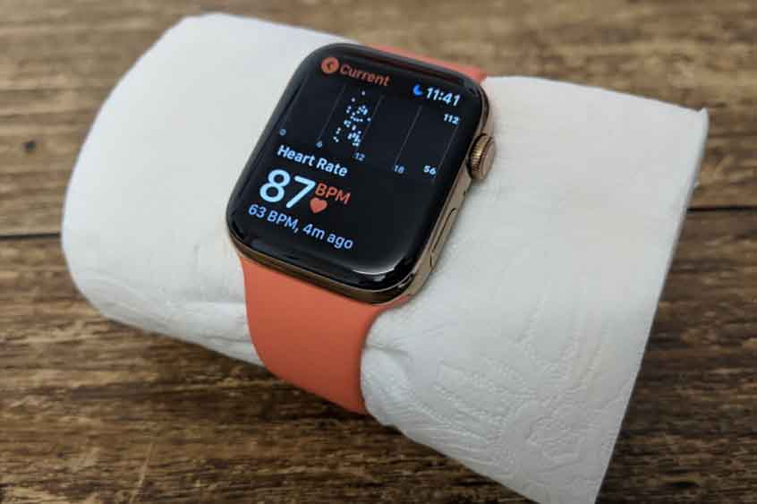 Insolite : l'Apple Watch peut aussi calculer le rythme cardiaque d'un papier toilette