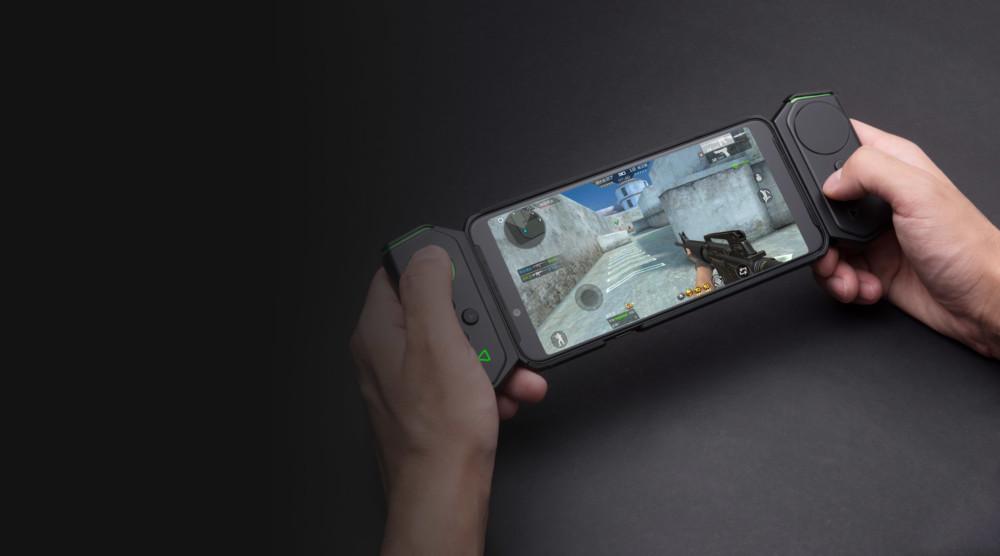 Le Xiaomi Black Shark Helo peut être connecté à des pads !