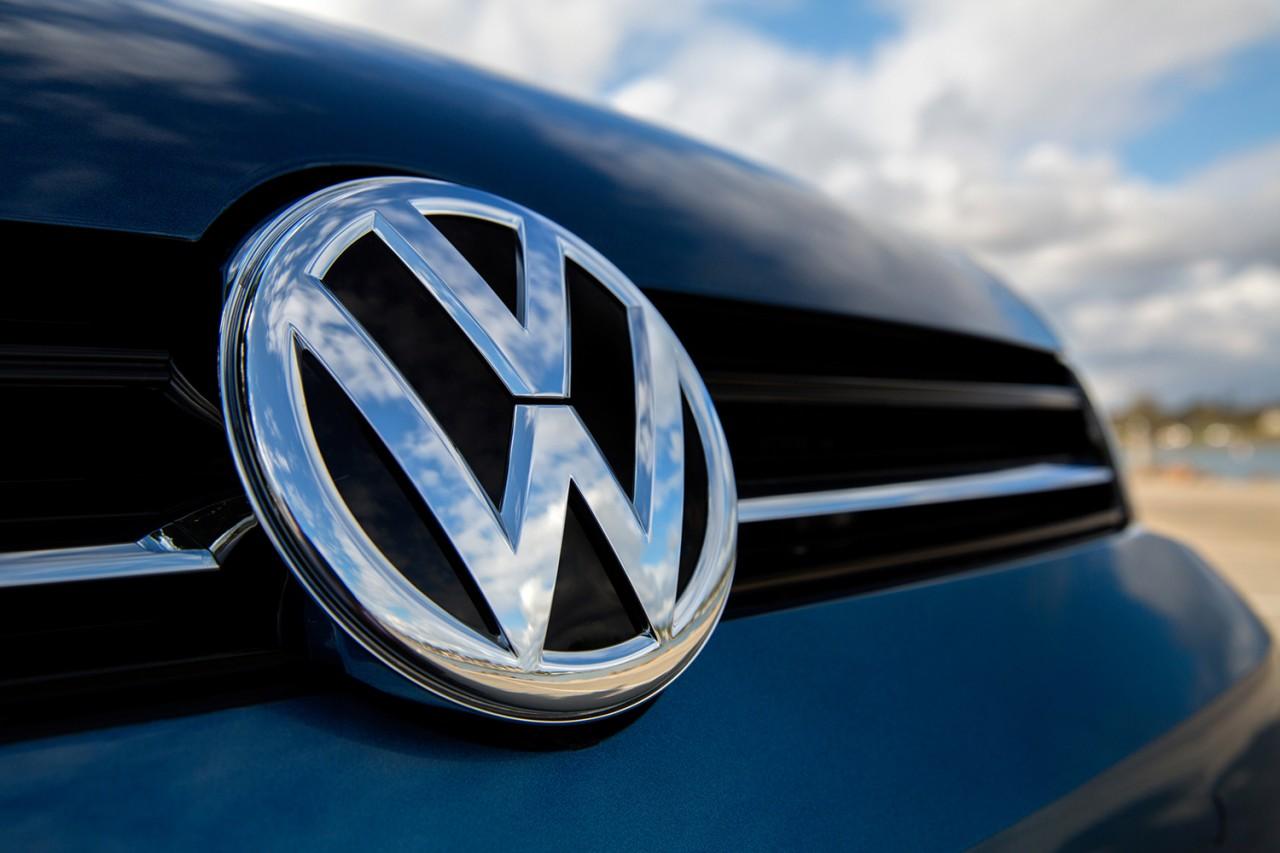Siri arrive désormais à régler la température, ouvrir les portes… d'une Volkswagen