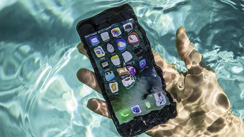 La résistance à l'eau d'un iPhone a sauvé des vies