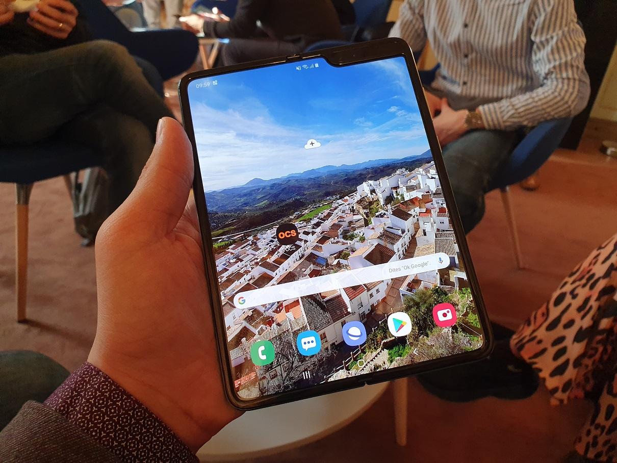 [ Prise en main ] Samsung Galaxy Fold : un smartphone pliable qui tient toutes ses promesses