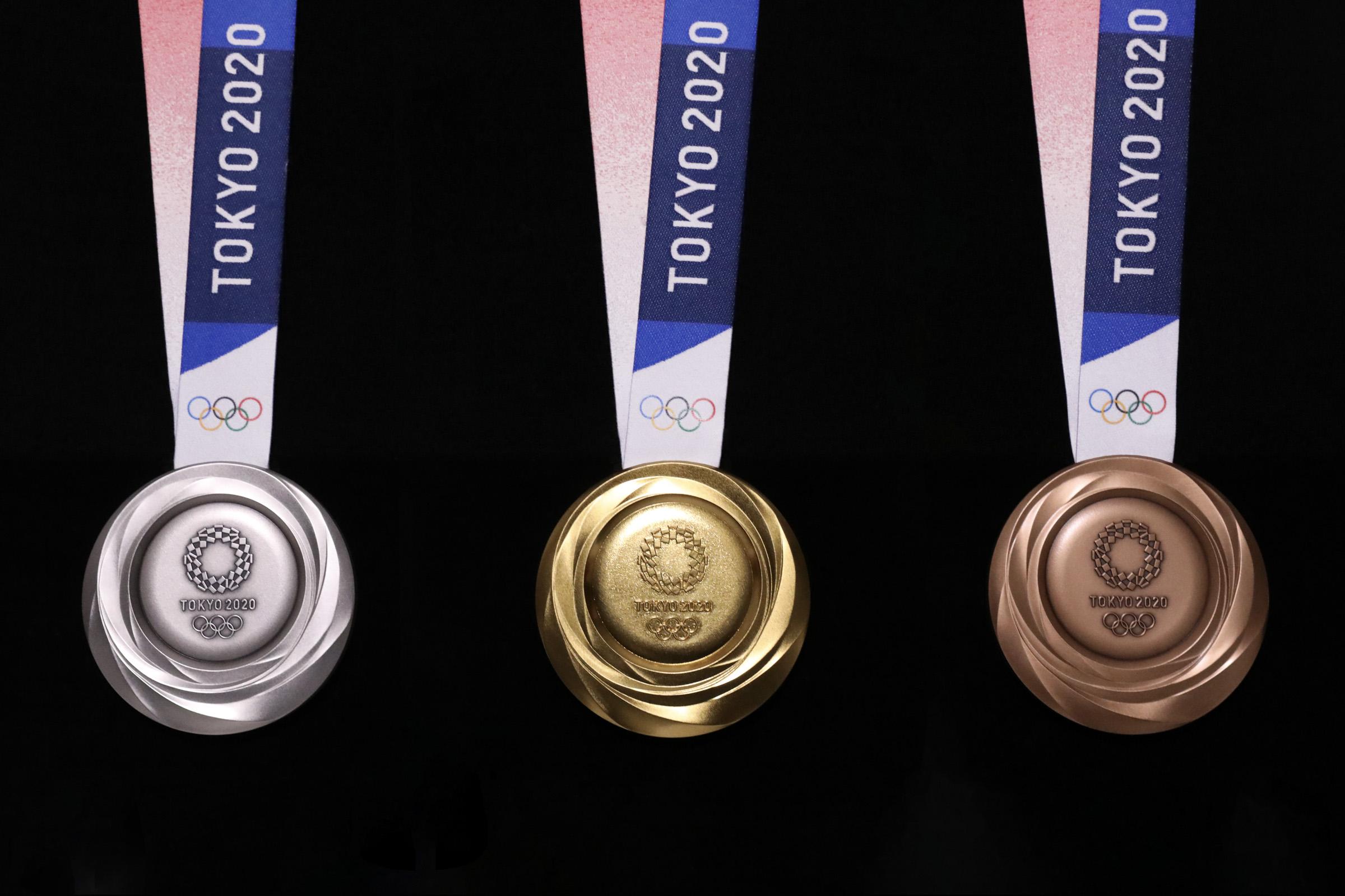 médailles JO 2020 Tokyo - Les médailles olympiques des JO 2020 sont issus du recyclage de smartphones