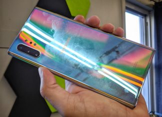 Le Samsung Galaxy Note 10 se salit facilement