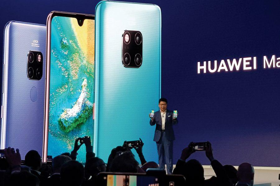 a londres 16 octobre 2018 richard yu ceo 900x600 - L'administration américaine VS Huawei: les dessous d'une guerre technologique