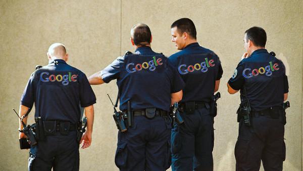google police 600 - Google fait désormais payer la police