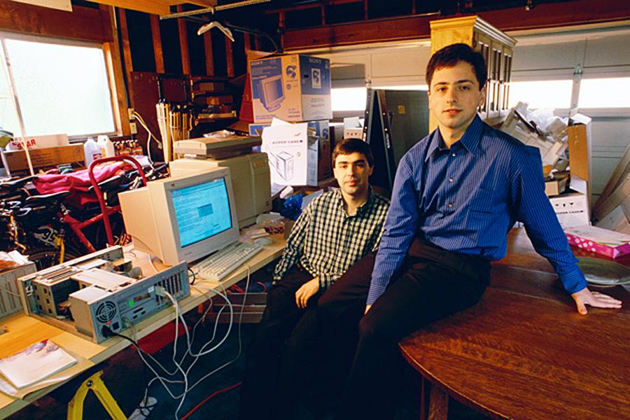 Larry Sergey11 900x600 - Google : la multinationale à multi-facettes