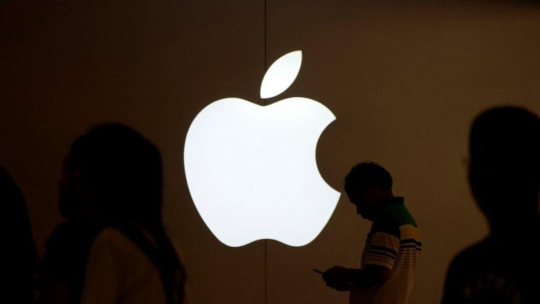 apple reuters 1561097226823 1067x600 - Apple doit payer 500 millions de dollars pour avoir ralenti ses anciens iPhone