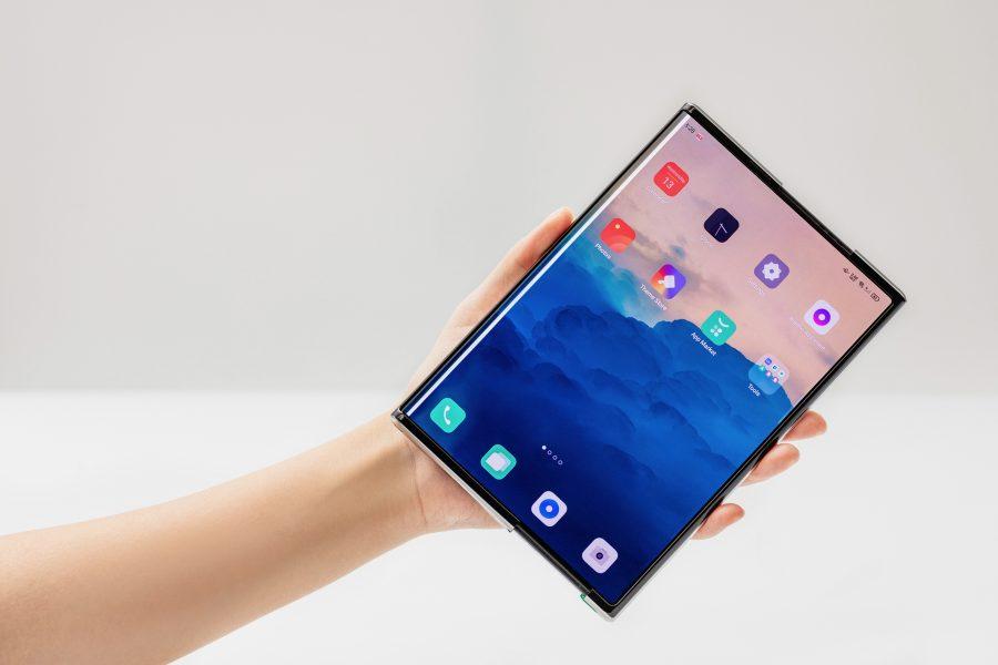 oppo pliant 900x600 - Oppo pourrait présenter son propre modèle de smartphone pliant en 2021