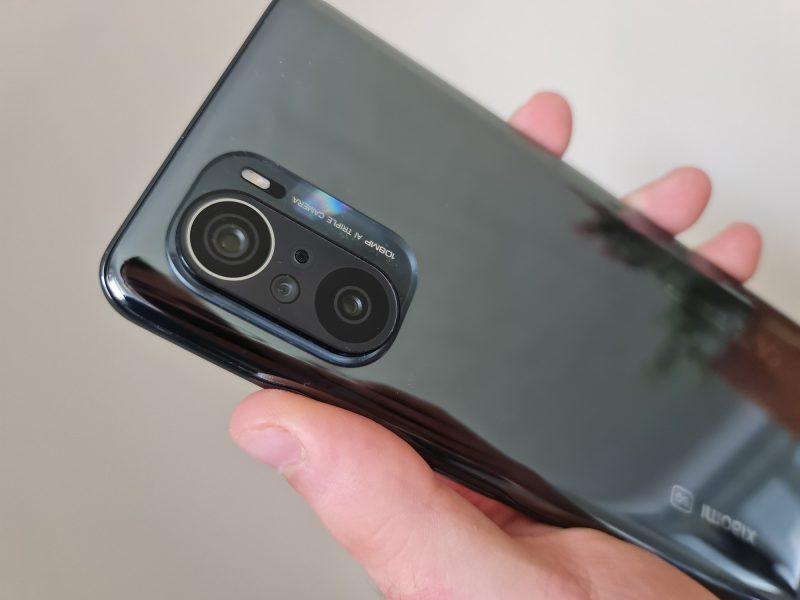 Xiaomi Mi 11 design 3 800x600 - Test du Xiaomi Mi 11i : la maîtrise du smartphone haut de gamme par déclinaisons