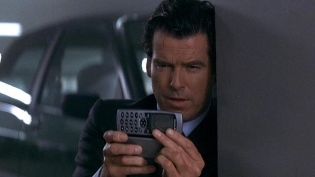 James Bond smartphone